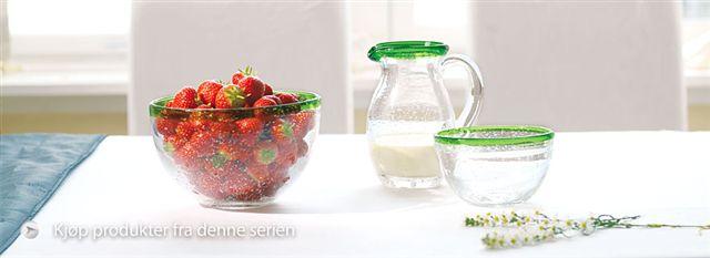 Hadeland Glassverks flotte produkt er på plass i butikken, gjør deg klar for å møte late vårdager.