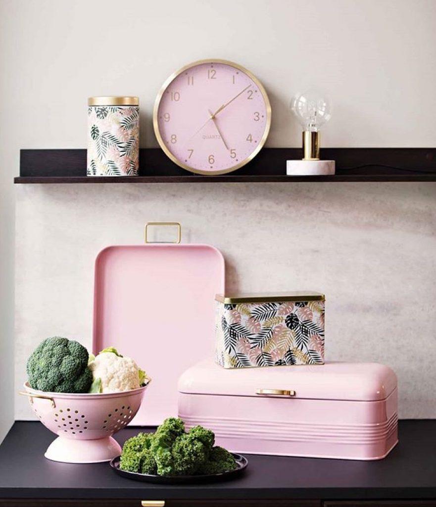 rosadetaljer