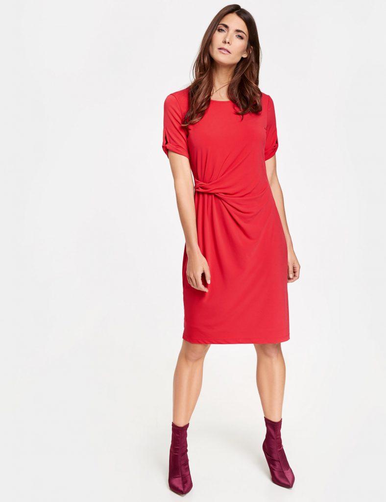 GW bilde rød kjole